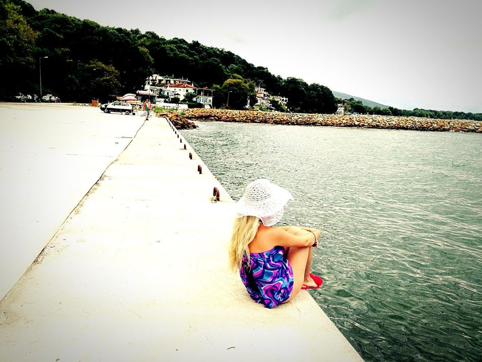 Hanging Out Taking Photos Enjoying Life Hello World That's Me Relaxing Stomio Greece Girl Blonde 💋☀️