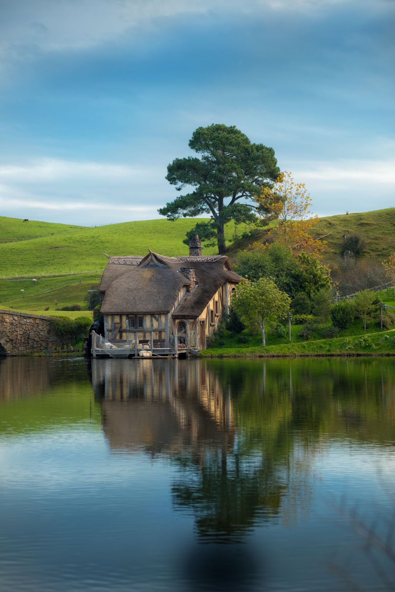 Water Lake Reflection Agriculture Built Structure Architecture Outdoors Nature Rural Scene Building Exterior Sky No People Day Watermill Tree Newzealandoutdoors Newzealandphotography Newzealand Beauty In Nature Architecture Nature First Eyeem Photo Cloud - Sky