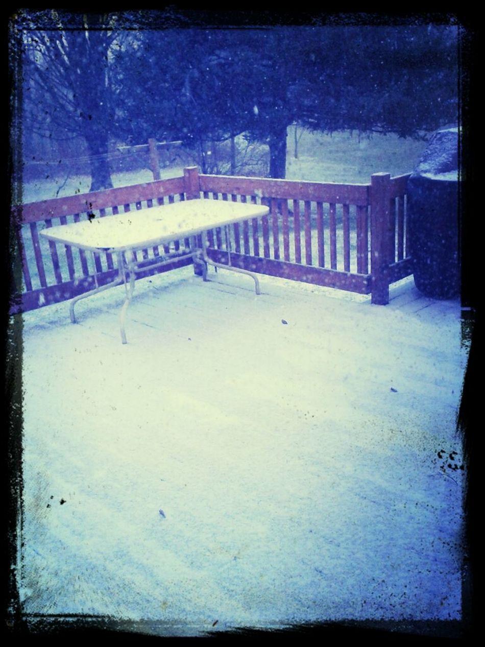 Nooooooo! Snow :(