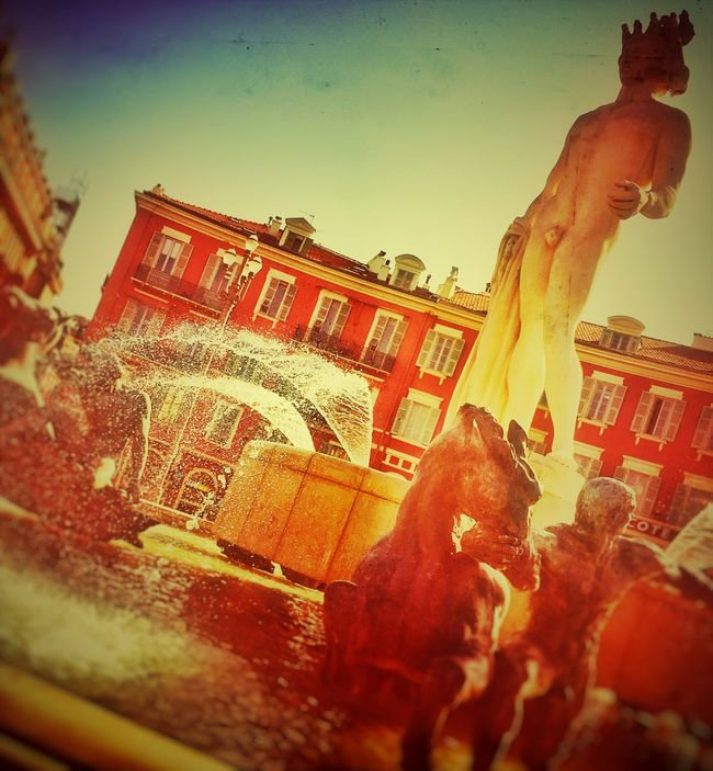 Nice Statue Sculpture Low Angle View Vintage Niceday