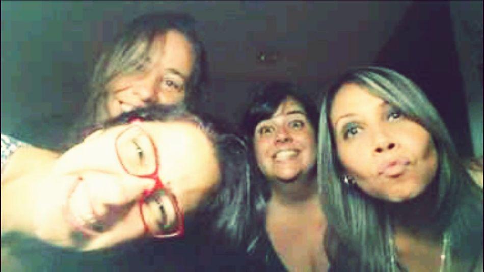 Minhas amigas!!!! Amigas❤ Asmelhores Amigascolegiomartins Forever