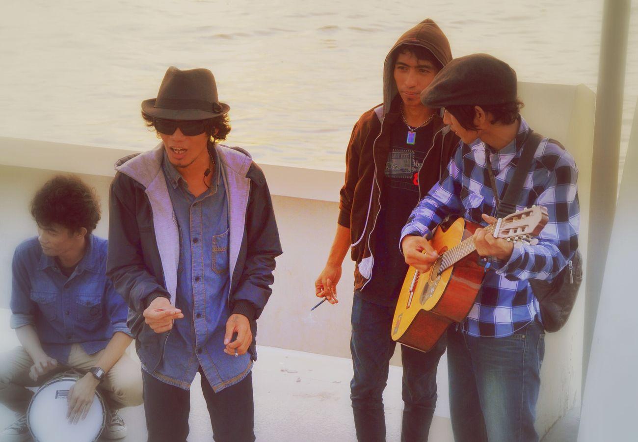 Losari Beach Street Artists Singing