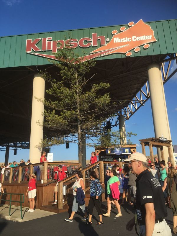KLIPSCH Dixie Chicks Indianapolis  Summer Concert