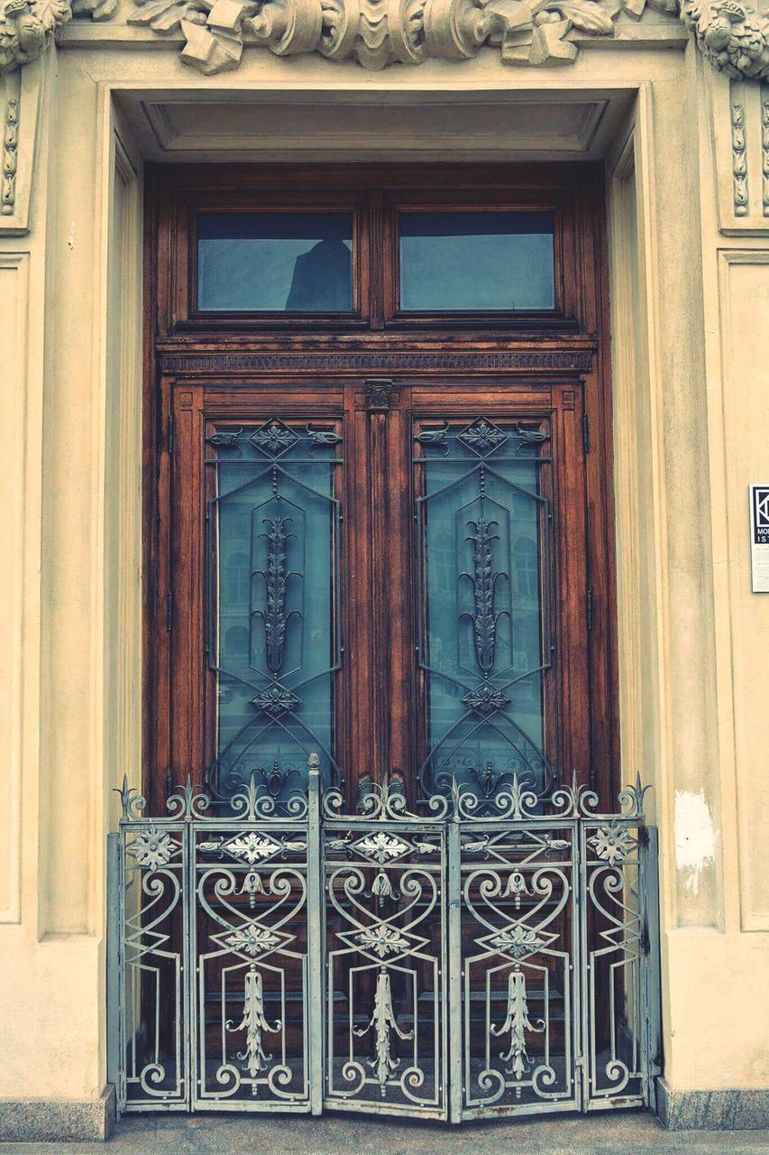 door, closed, entrance, outdoors, wood - material, day, no people, built structure, building exterior, entry, architecture, close-up