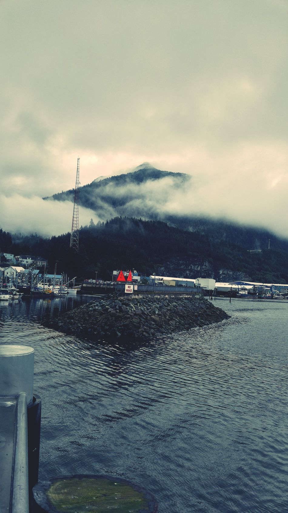 Urban 3 Filter Water Tranquil Scene Mountain Cloud - Sky Waterfront Beauty In Nature Must Be Fall Taking Photos Cloudy Mountain View Wow!!