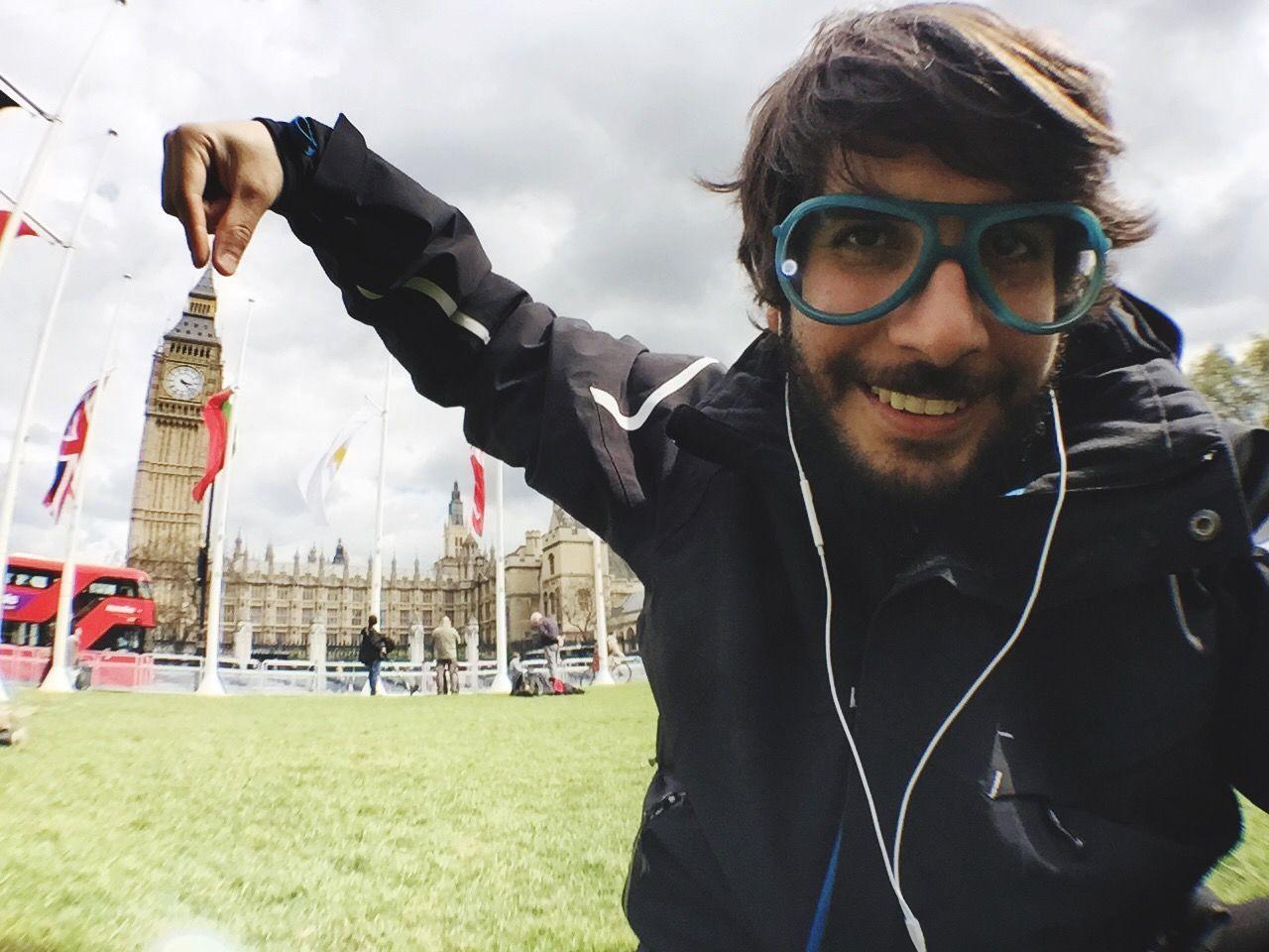 ME LO LLEVO!! Bigben Big Ben Elizabethtower Westminster London Selfie Selfie ✌ LONDON❤ London_only That's Me The Week On EyeEm