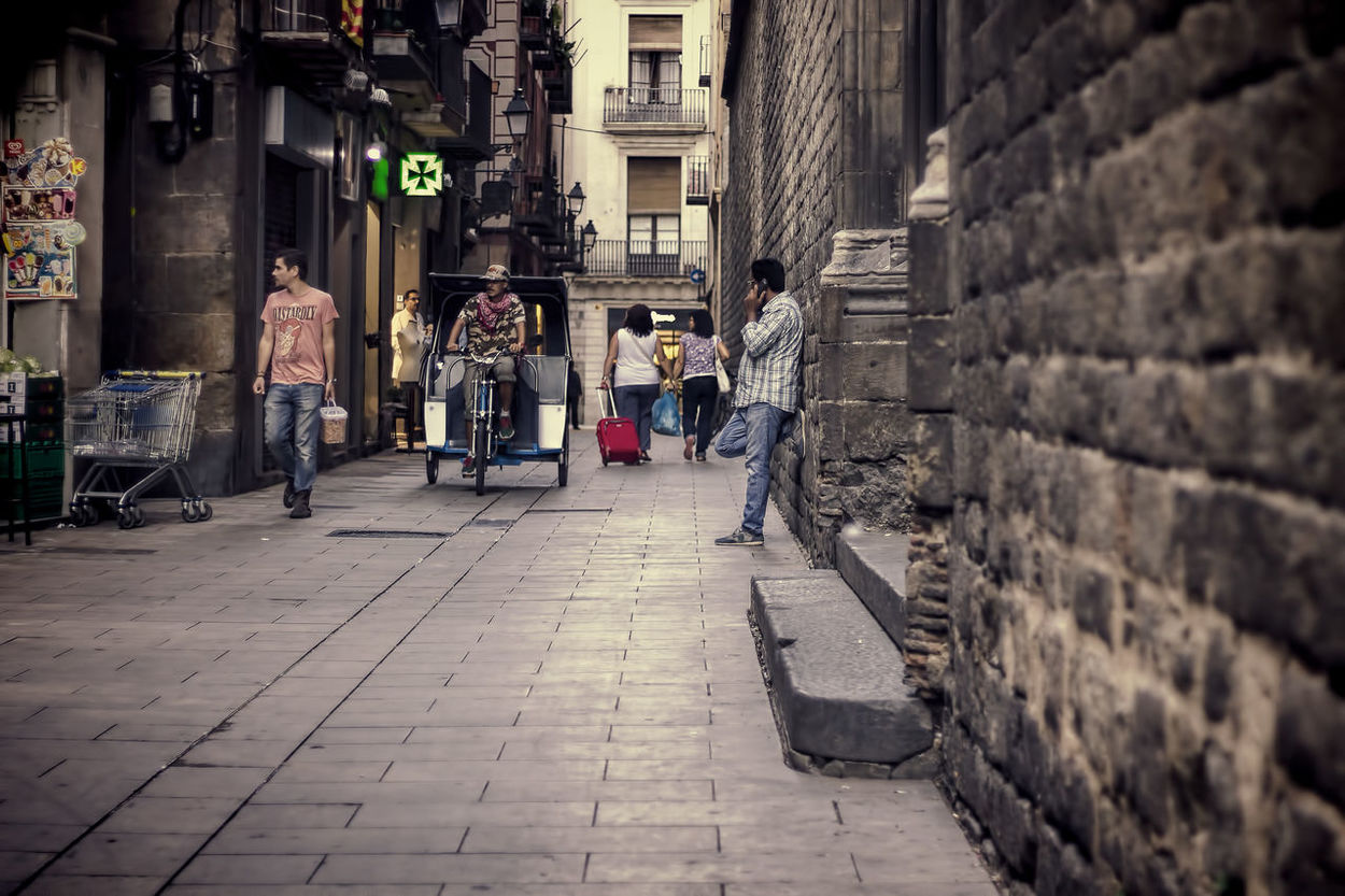 Barcelona Barri El Born Born Brick Cathedral People Real People Street Photography Streetphotography