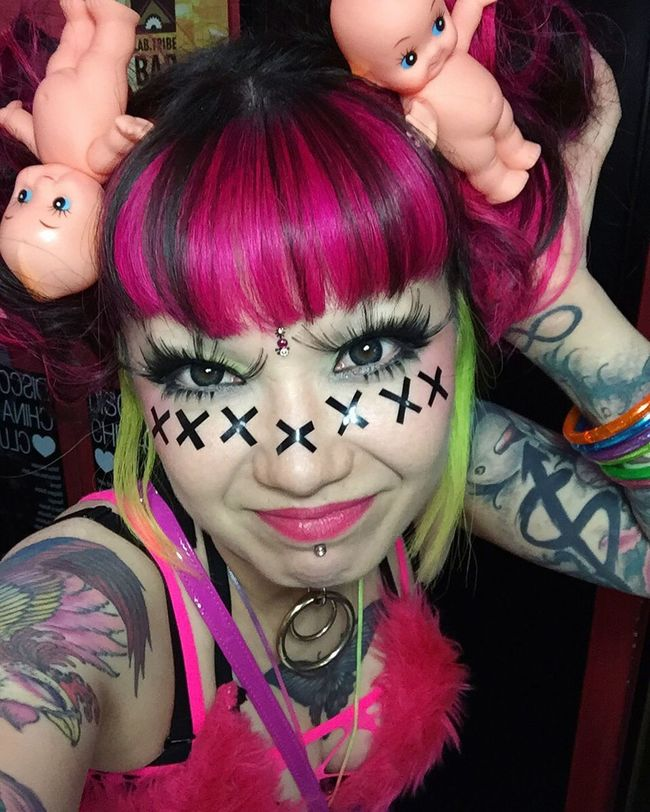 Pink Pinkhair Manicpanic Kewpiedoll Kewpie Doll Dolls Puppet Puppe ThatsMe Self Portrait Selfie ✌ Eyelashes Makeup Cross Tattoo Tattoos Bindi Pigtails  Feierabend Party Fetish Mixed Girl Mixed Girl