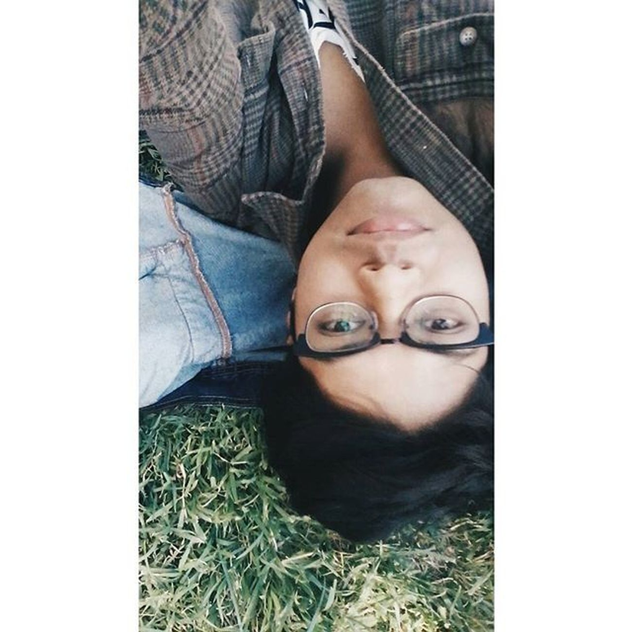 Vscocam VSCO Grass College Selfie Photooftheday Cute Instaboy Squareinstapic Lens Happy