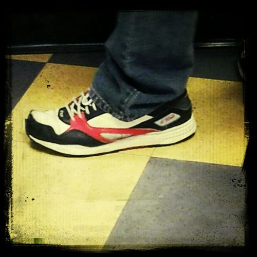They Still Out Here Wearing G-Units???! O.o