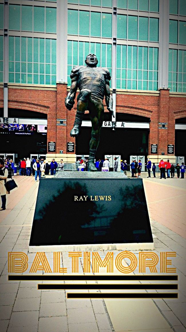 Ray Lewis Baltimore Ravens Nation Football Football Stadium RayLewis Check This Out Taking Photos Sport Sports Photography Life Lifestyles Baltimore Ravens Hanging Out