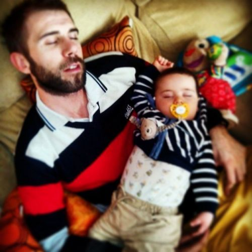 Momento siesta.. Maximafelicidad MisDosAmores Happy @dryjintonik First Eyeem Photo We Are Family On The Move Smart Simplicity Better Together Relaxing