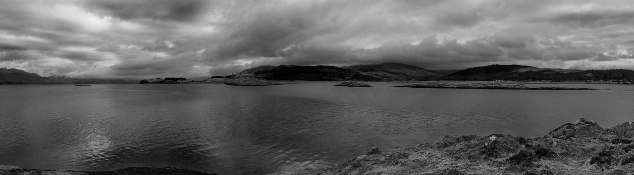 Taken during a walk at the north end of Lismore. Black And White Islandlife Landscape Lismore Scotland Monochrome Scotland Sky ıslands