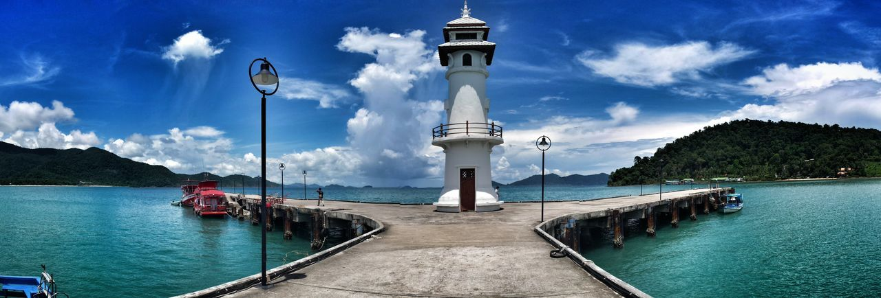 Lighthouse EyeEm Gallery EyeEm Best Shots I Know What You Did Last Summer Thailand EyeEm Best Edits Taking Pictures On The Way Showing Why I Could Be An Open Editor Taking Photos EyeEm Masterclass Walking Around Meer Sky Bang Bao Port Ko Chang Island Fine Art Photography leuchtturm Tower Sea Clouds And Sky The Great Outdoors - 2017 EyeEm Awards