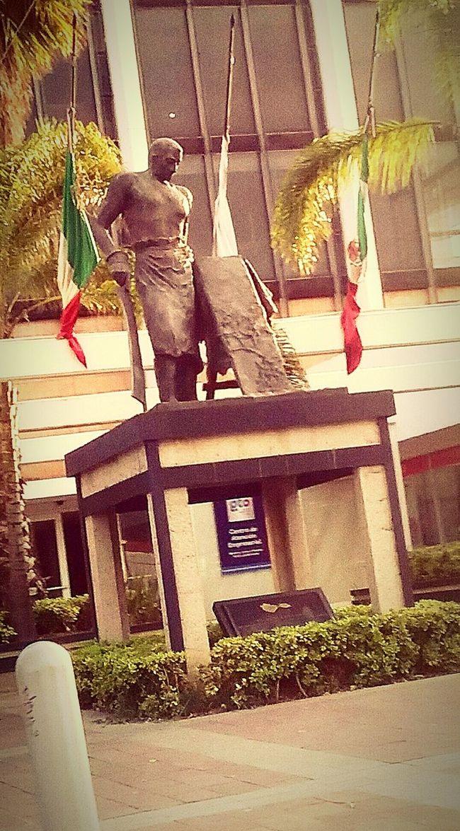 Monumento a la industria zapatera en León, Guanajuato First Eyeem Photo