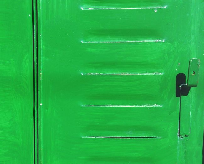 Mint By Motorola Window Blinds Old Window Blind Green Paint Contraventana Contraventana Verde