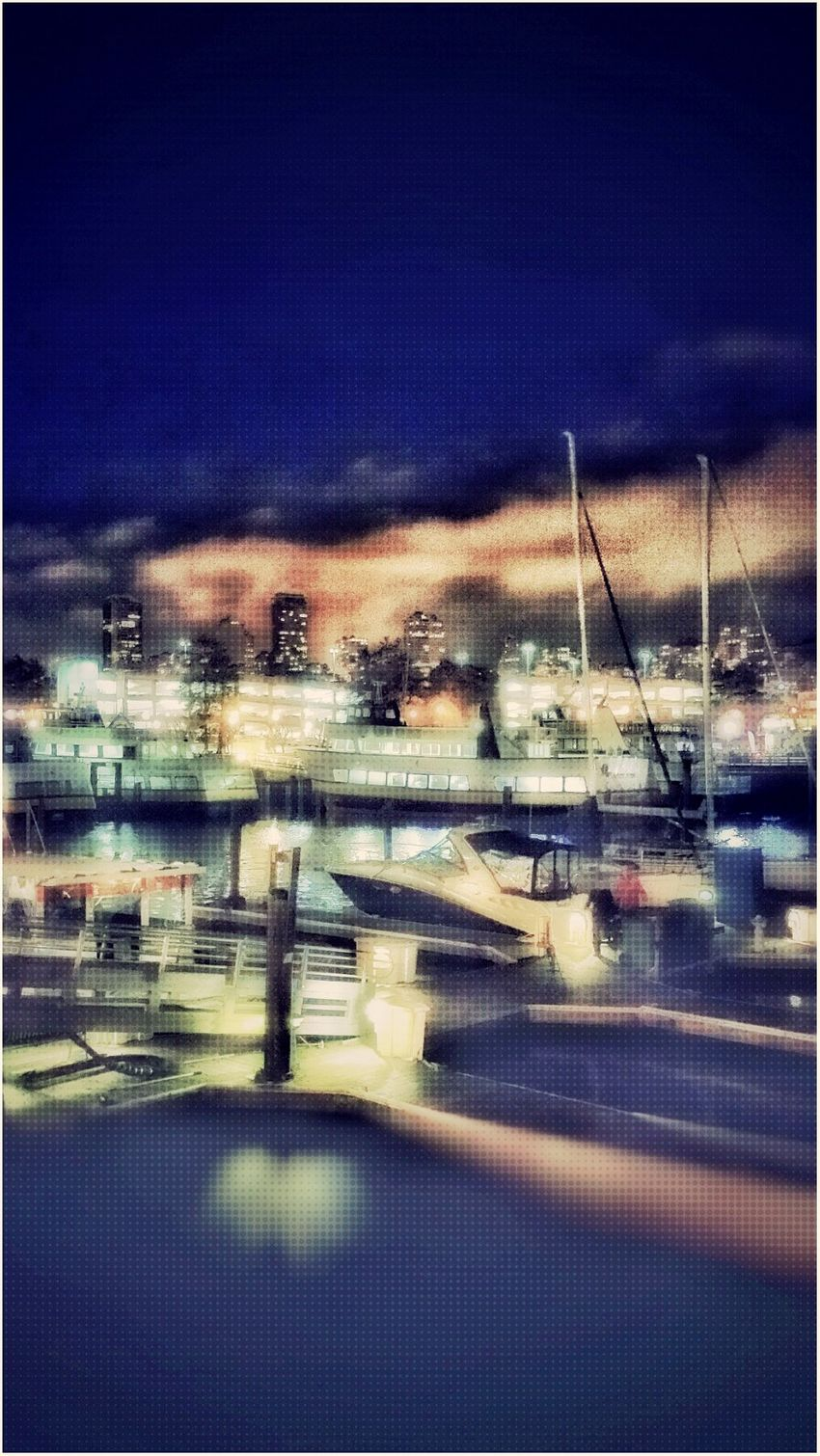 Pier39 Fishermanswharf SF Ourdayinthecity Justbecause Familyouting Beautifulevening Seals Me Mikey Lilvic Bigapril & Seleste Chillyweather  Clamchowderbowl GoodTimes Anothermemorie Coldevening Mylove Perfectshot Boats Lovemyfilters Beautifulview
