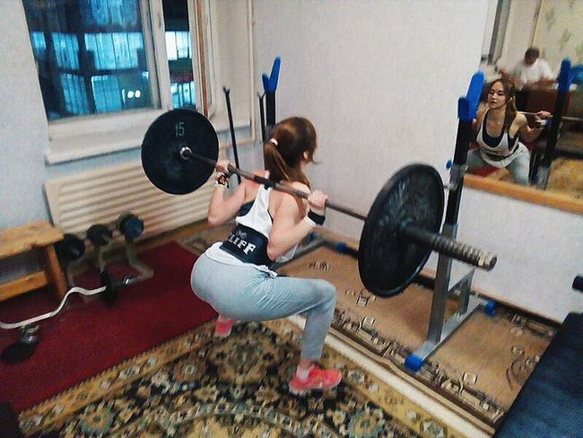 Sport Sportgirl Gym Gym Time Powerlifting Modern Place Of Work Person First Eyeem Photo