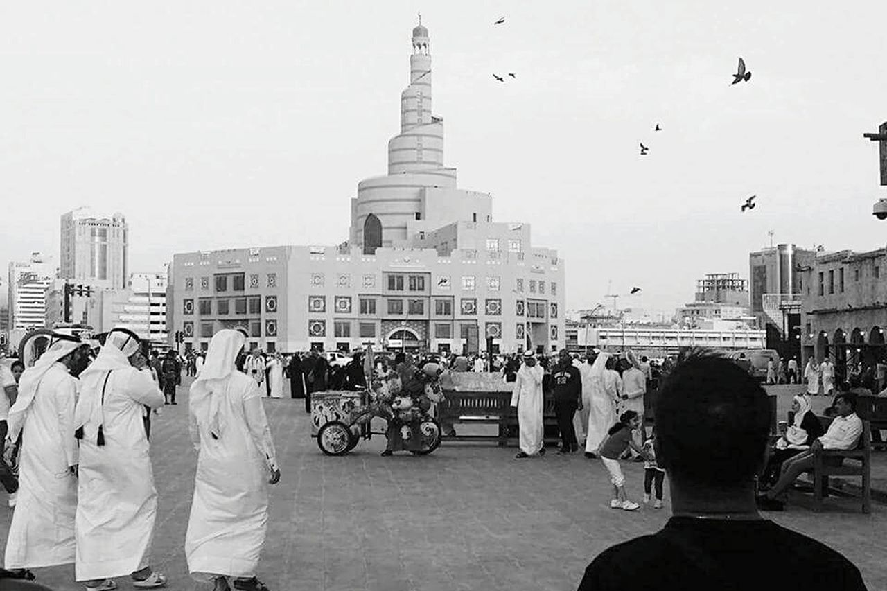 large group of people, built structure, architecture, building exterior, real people, men, religion, spirituality, place of worship, women, tourism, lifestyles, leisure activity, day, outdoors, travel destinations, city, sky, adult, people
