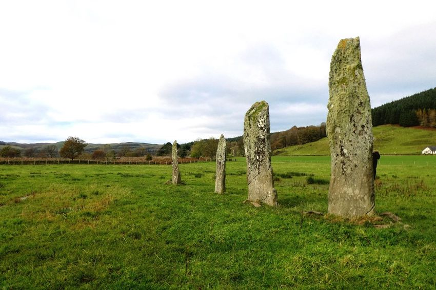 Grass Field Green Color Landscape Tranquility Tranquil Scene No People Nature Sky Scenics Day Beauty In Nature Outdoors Tree Standing Stones Ballymeanoch Kilmartin Scotland Ballymeanoch Standing Stones Kilmartin Glen Scotland 💕 Scotland