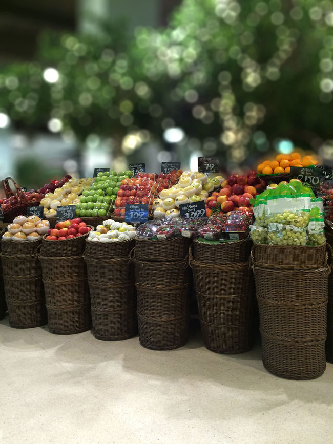 💚🍏🍎🍊💚 Freshness Arrangement Basket Choice Close-up Collection Day Display Exceptional Photographs Focus On Foreground Food For Sale Fruit In A Row Large Group Of Objects Market Stall Multi Colored No People Outdoors Repetition Retail  Selective Focus Still Life Tadaa Community Travel