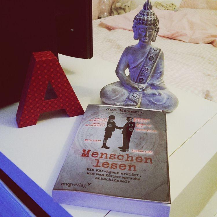 Lesen ❤ Reading A Book Bestbookever Dieses Buch ist das beste Buch was ich in den letzten Jahren gelesen habe. So interessant! Ich kann es nur empfehlen!