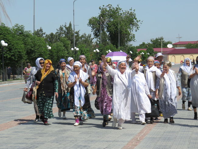 Cultures Day Out Large Group Of People Lifestyles Local Clothes Samarkand Sunlight Women Party