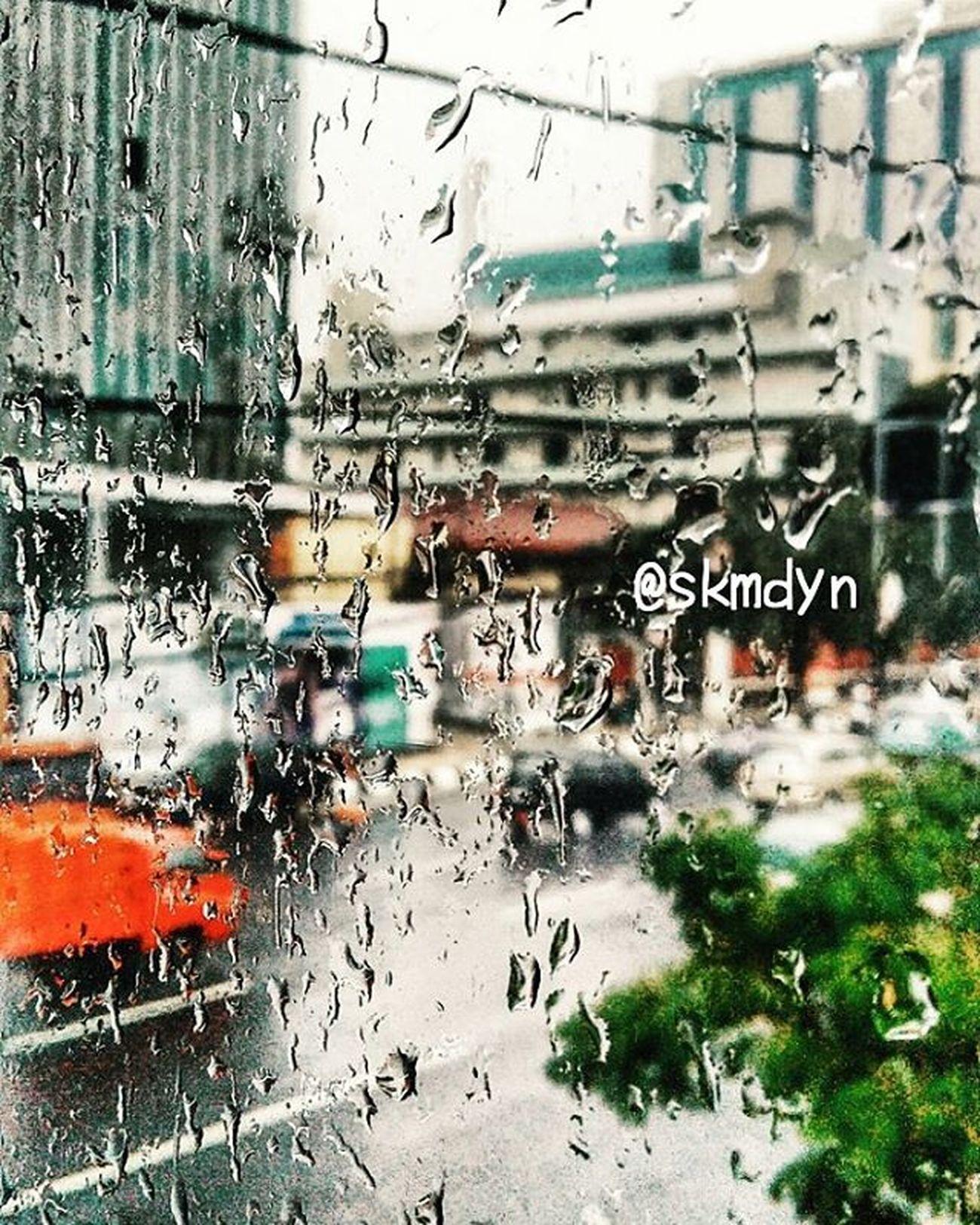 Bukan melupakan yang jadi masalahnya, tapi menerima. barangsiapa yang bisa menerima.maka dia akan bisa melupakan, hidup bahagia. Tapi jika ia tidak bisa menerima,dia tidak akan pernah bisa melupakan. ~ Tere Liye, HUJAN . . . . . . . . . . Rain Rainy Today Mood Dew Water Nature Street CapturingMoments VSCO Vscofilter VSCO Goodtime Goodview Xiaomiphone Xiaomiphotographyindonesia Likeforlike Instagramers Unstalike Instagood Instamoment Kamerahpgw Xiaomi Redmi2camera Kameraponsel bokeh focus phonegraphy mobilephotography