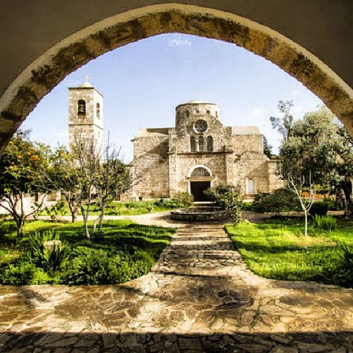 Symetrie Architecture Church Cypros Symétrie
