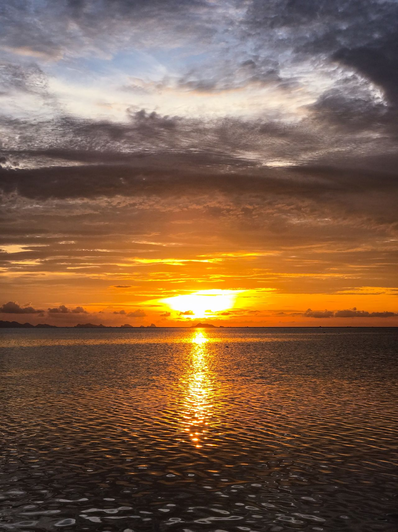 Beauty In Nature Cloud - Sky Dramatic Sky Idyllic Light Nature No People Orange Color Outdoors Reflection Relaxation Scenics Sea Seascape Seaview Sky Sun Sunbeam Sunset Tranquil Scene Tranquility Travel Photography Tropical Climate Twilight Water