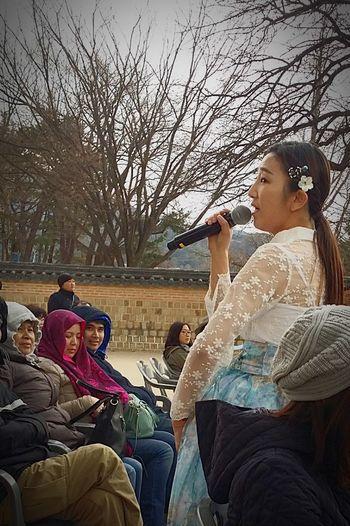 Streetphotography Seoulstreetphotography Kr_streetphotography Musical Performance Korean Traditional Music  Cultural Performance Korean Culture Seoul South Korea Seoulspring2017
