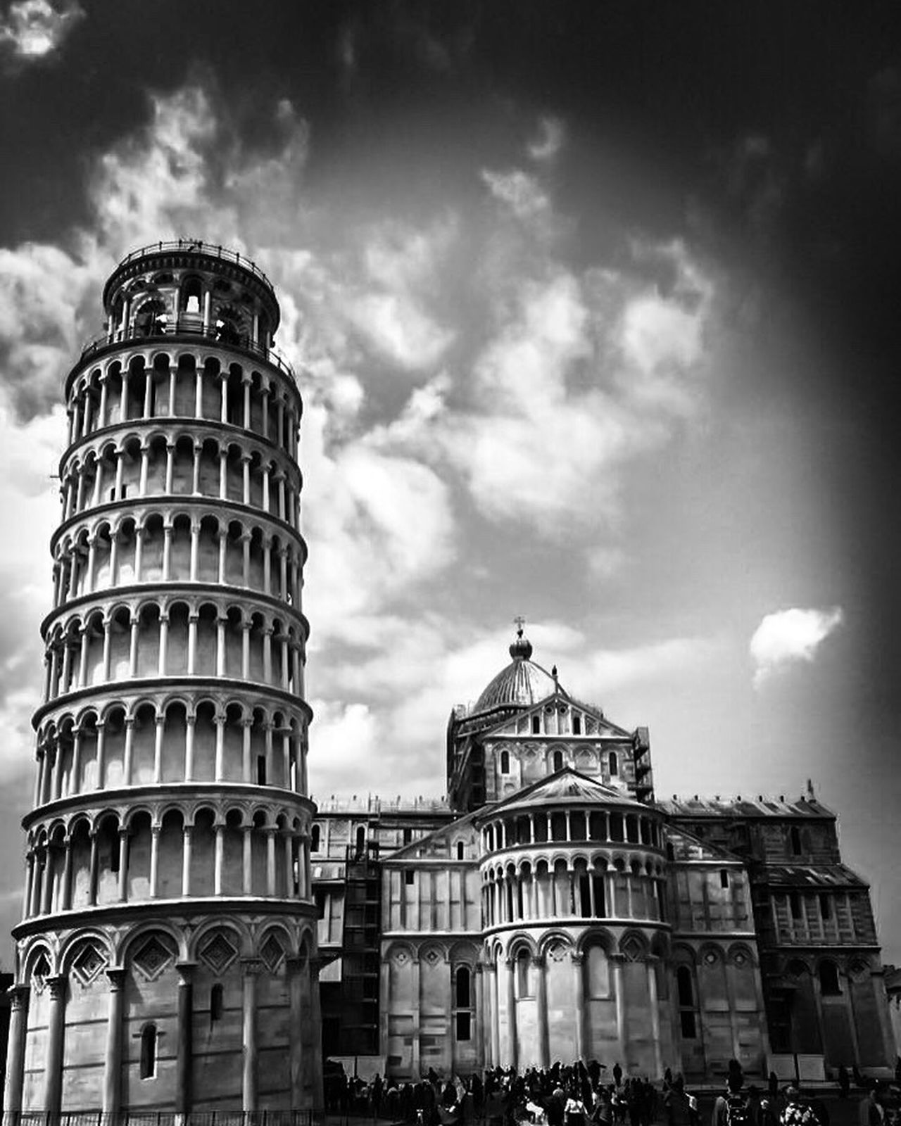 Pisa Pisa Tower Architecture Building Exterior Built Structure Cloud - Sky Sky Low Angle View Outdoors Travel Destinations City No People Day Italy Italia Blackandwhite Black And White Black And White Photography The Street Photographer - 2017 EyeEm Awards The Architect - 2017 EyeEm Awards