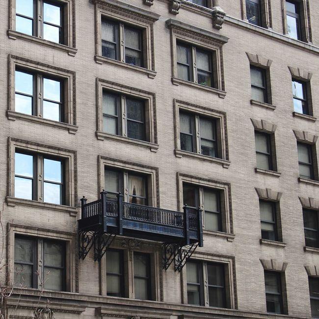 One Balcony. Baltimore Streetphotography WJII Photography Open Edit