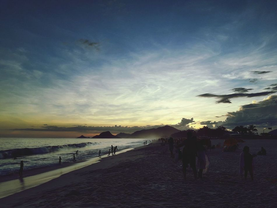 Pôr do Sol no Recreio dos Bandeirantes Sunset Beach Rio Rio De Janeiro Recreio Beach Recreio Dos Bandeirantes Recreiodosbandeirantes First Eyeem Photo