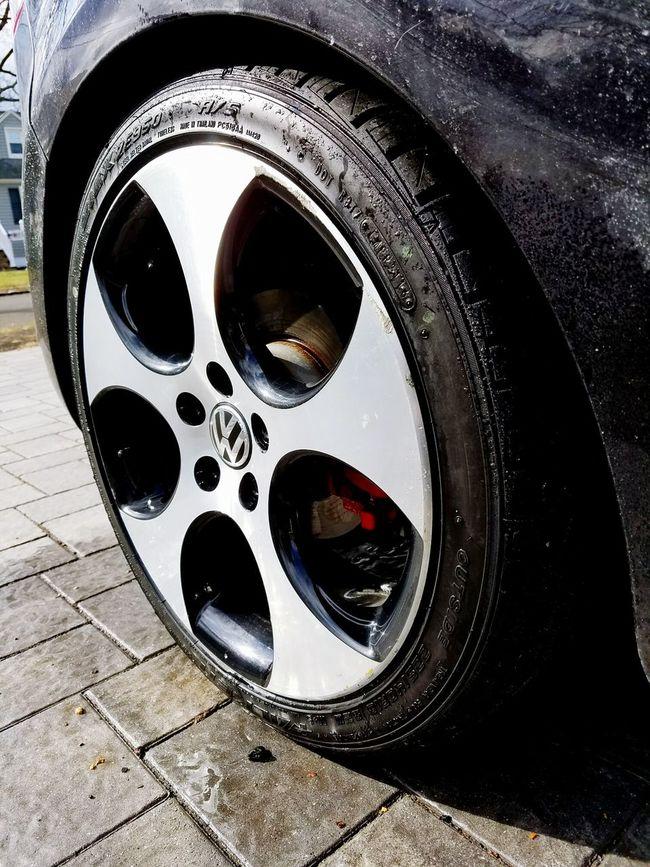 Remember kids, a clean wheel is a happy wheel! Volkswagen Mk6 Selfie Mk6 Gti GTI Mk6madness Meguiars