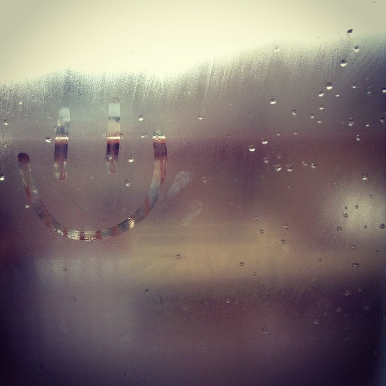 But my breath fogged up the glass, so I drew in a face and I laughed! ? Happyhouse Makingfood Foggedupglass FamilyTime backporch