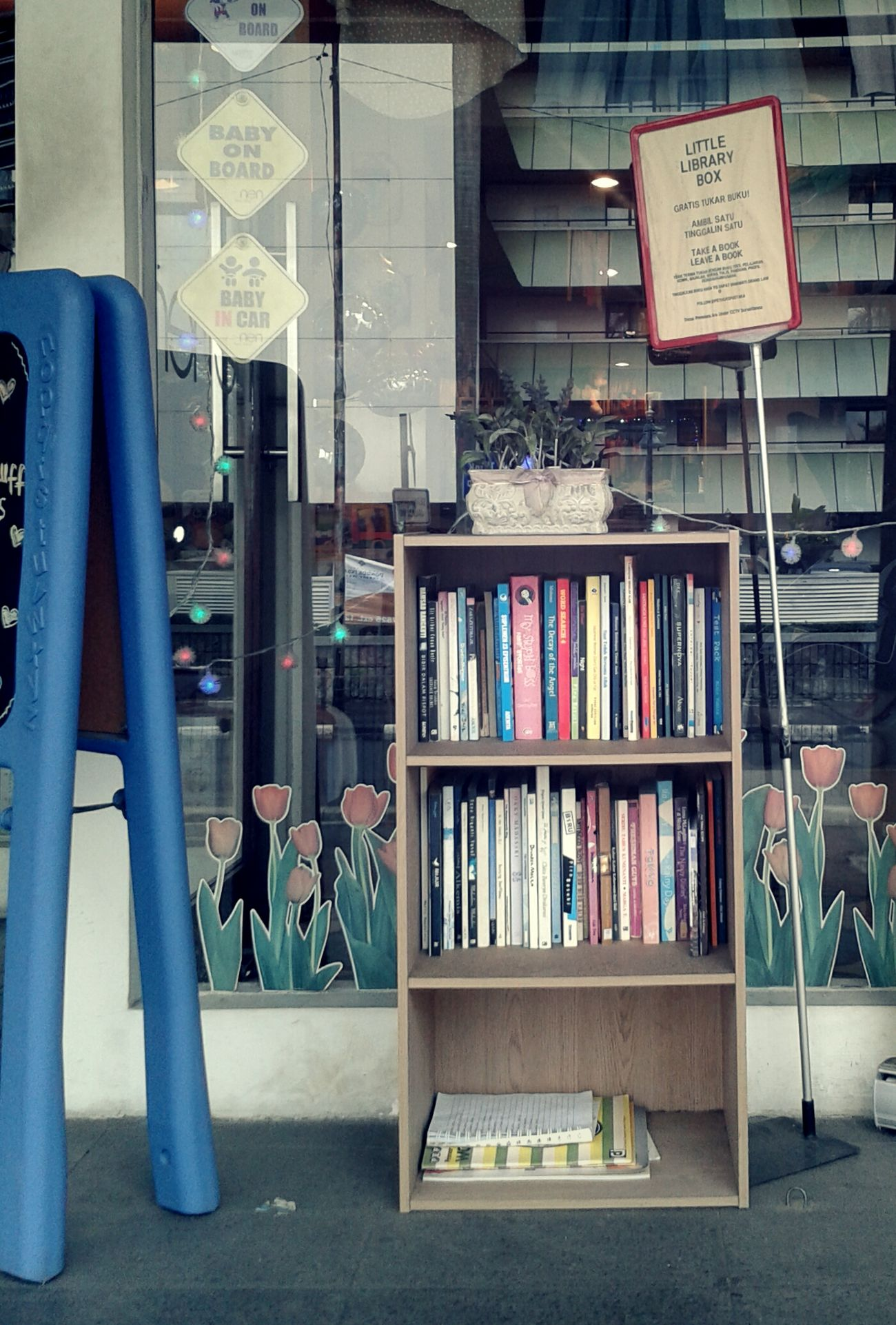 """Totally love the exchange concept of """"Take A Book, Leave A Book"""". Book Collections Streetphotography Education Shop Window"""