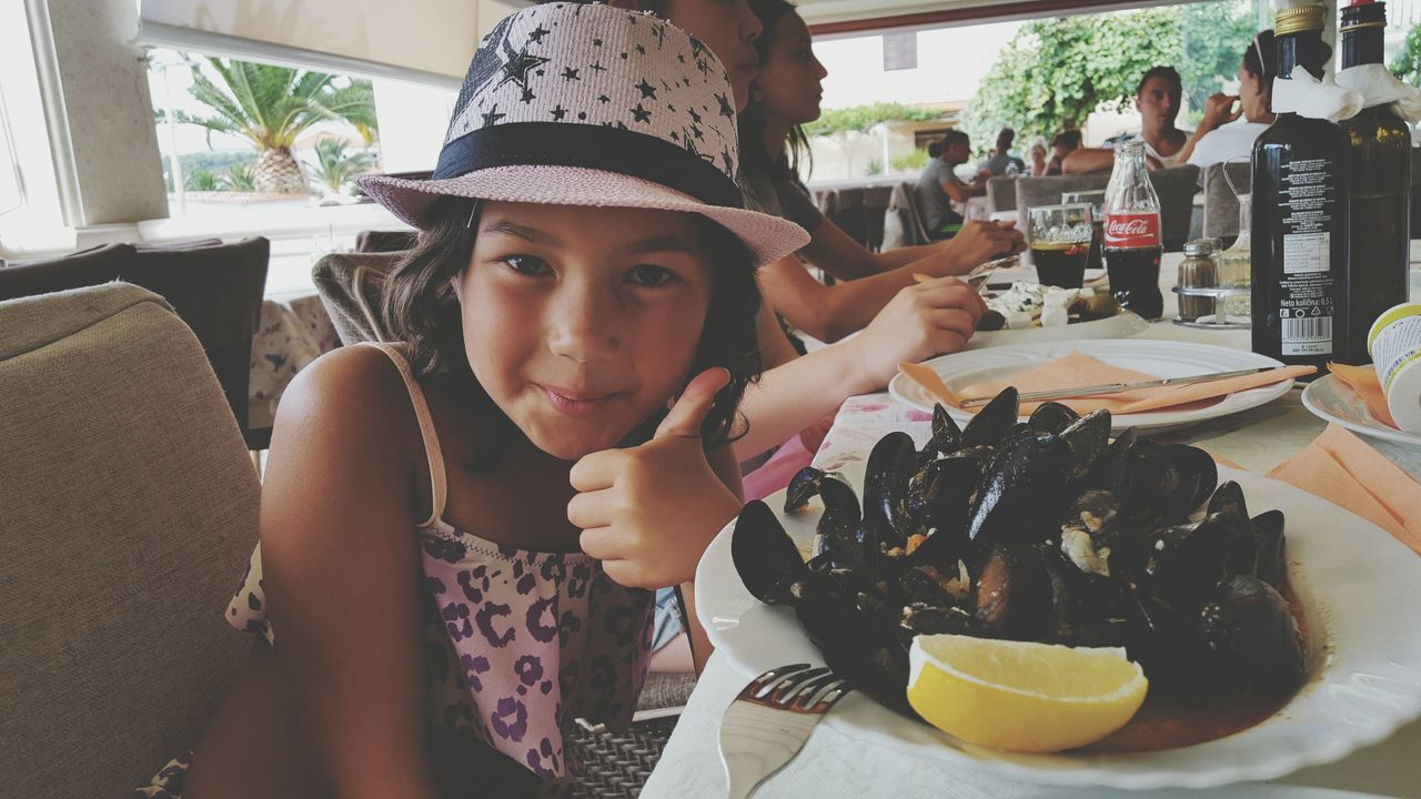 She loves seafood Hello World SEAFOOD🐡 Mussels Girl Croatia ShareTheMeal Adapted To The City The Portraitist - 2017 EyeEm Awards