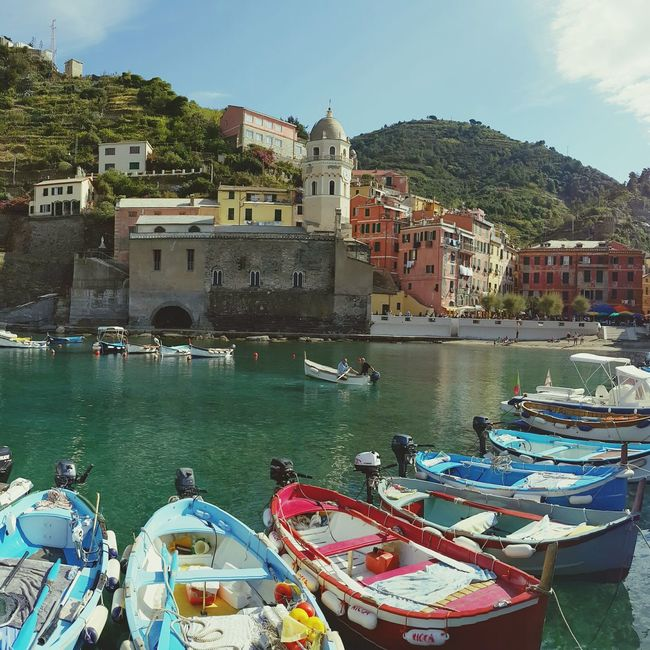 Beautiful, enchanting Vernazza... Liguria Pastel Power Santa Margherita Church La Spezia Cinque Terre Harbour View Fishing Village Boats Perfect Day Rowboats UNESCO World Heritage Site Sunny Watertaxis Seaside Town Coastal Life Feel The Journey Original Experiences Colour Of Life