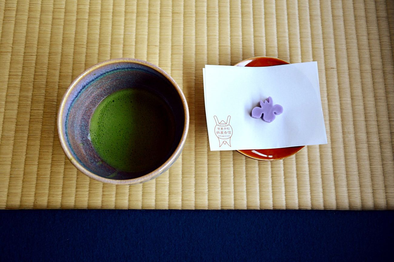 Food And Drink Green Tea Drink Tea - Hot Drink Refreshment Cup No People Indoors  Close-up Tea Ceremony Healthy Eating Freshness Cultures Day 城南宮 抹茶 お菓子 友達が入れてくれたお抹茶。