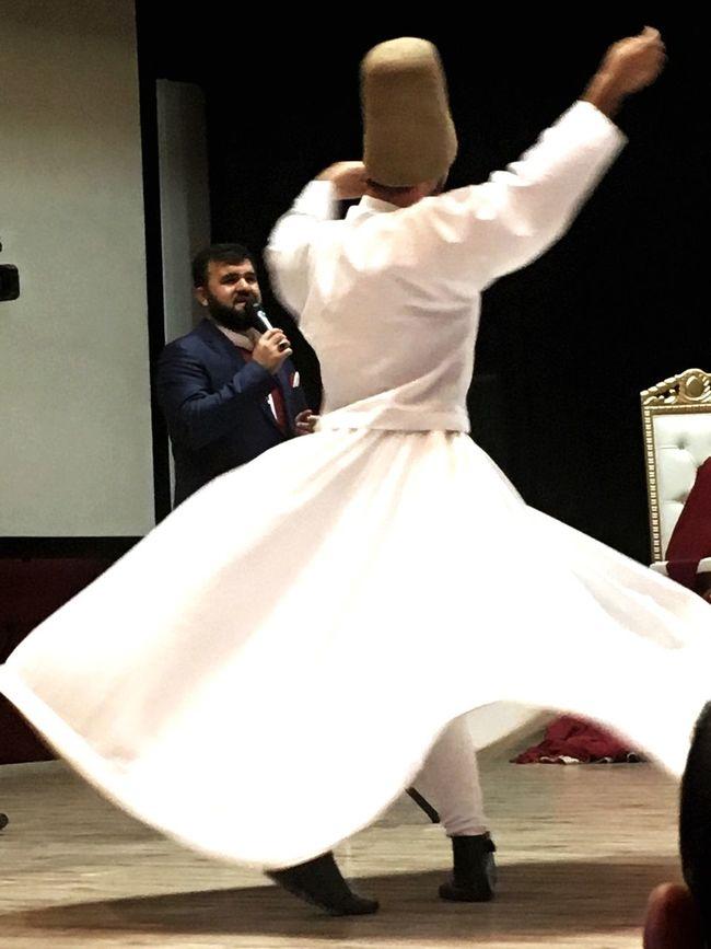 Semazen Mevlana Mevlana Mosque Mevlana Türbesi Beyaz