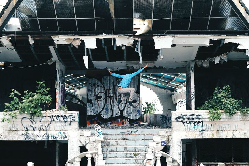 Beautiful stock photos of graffiti, 20-24 Years, Abandoned, Architecture, Arms Outstretched