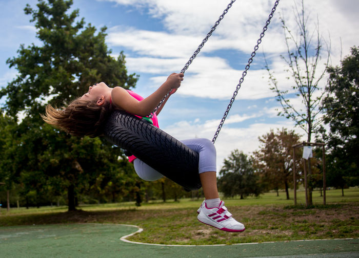 abbandonata nel vento Altalena Childhood Energetic Full Length Lifestyles Nature Outdoors Park Sky Swing Done That.