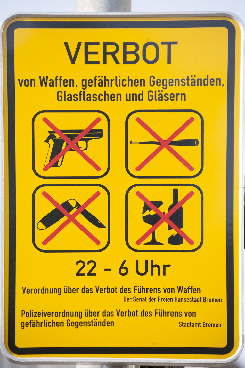 Sign Weapons Forbidden ! Forbidden No People Outdoors Permit Sign Board Text Verbotsschild Waffenverbot Waffenverbotsschil Weapons