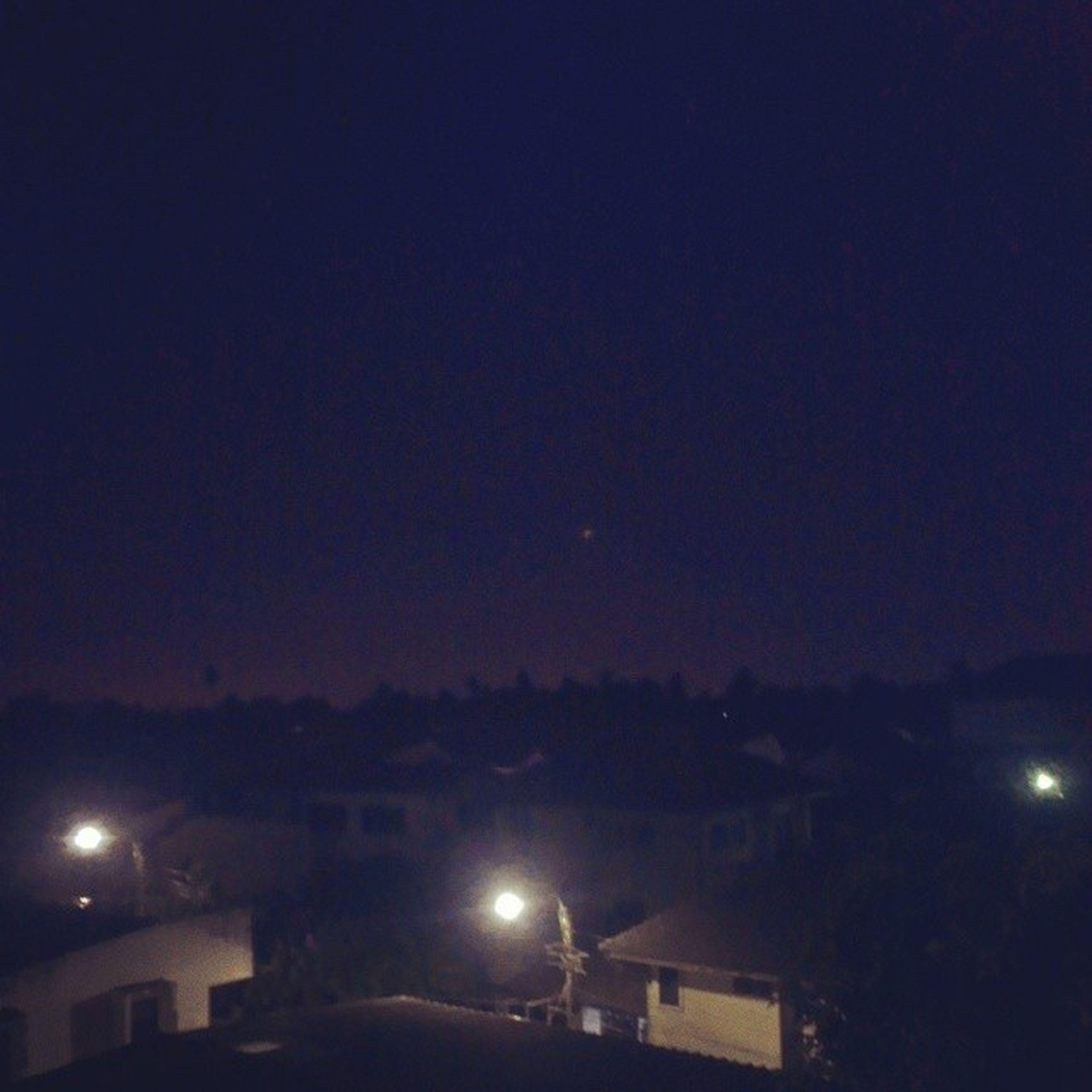 02.18 น.ชีวิตยังคิดบางสิ่ง ดวงไฟน้อย
