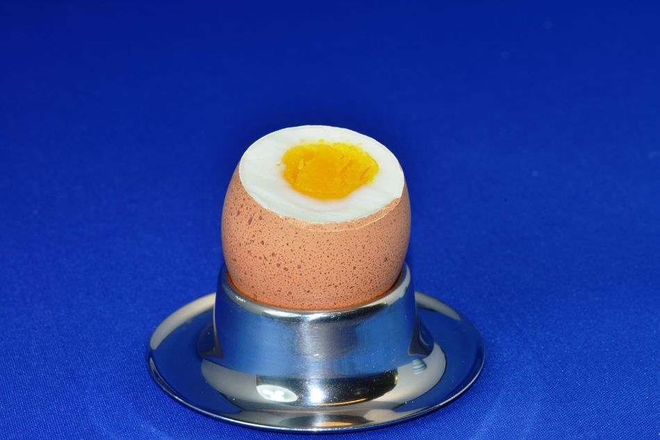 Blue Background Breakfast Breakfast ♥ Egg Eierbecher Eiffel Tower Food Food And Drink Frühstücksei Gekochtes Ei No People Studio Shot