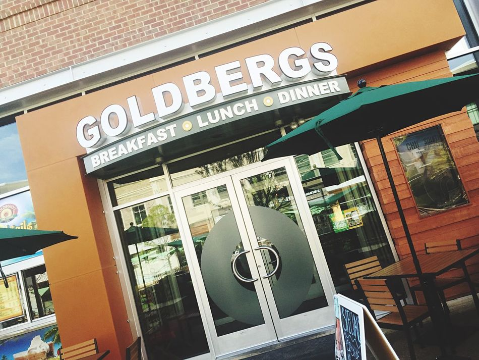 Great lunch at Goldbergs Spinachsalad 🌿🍓