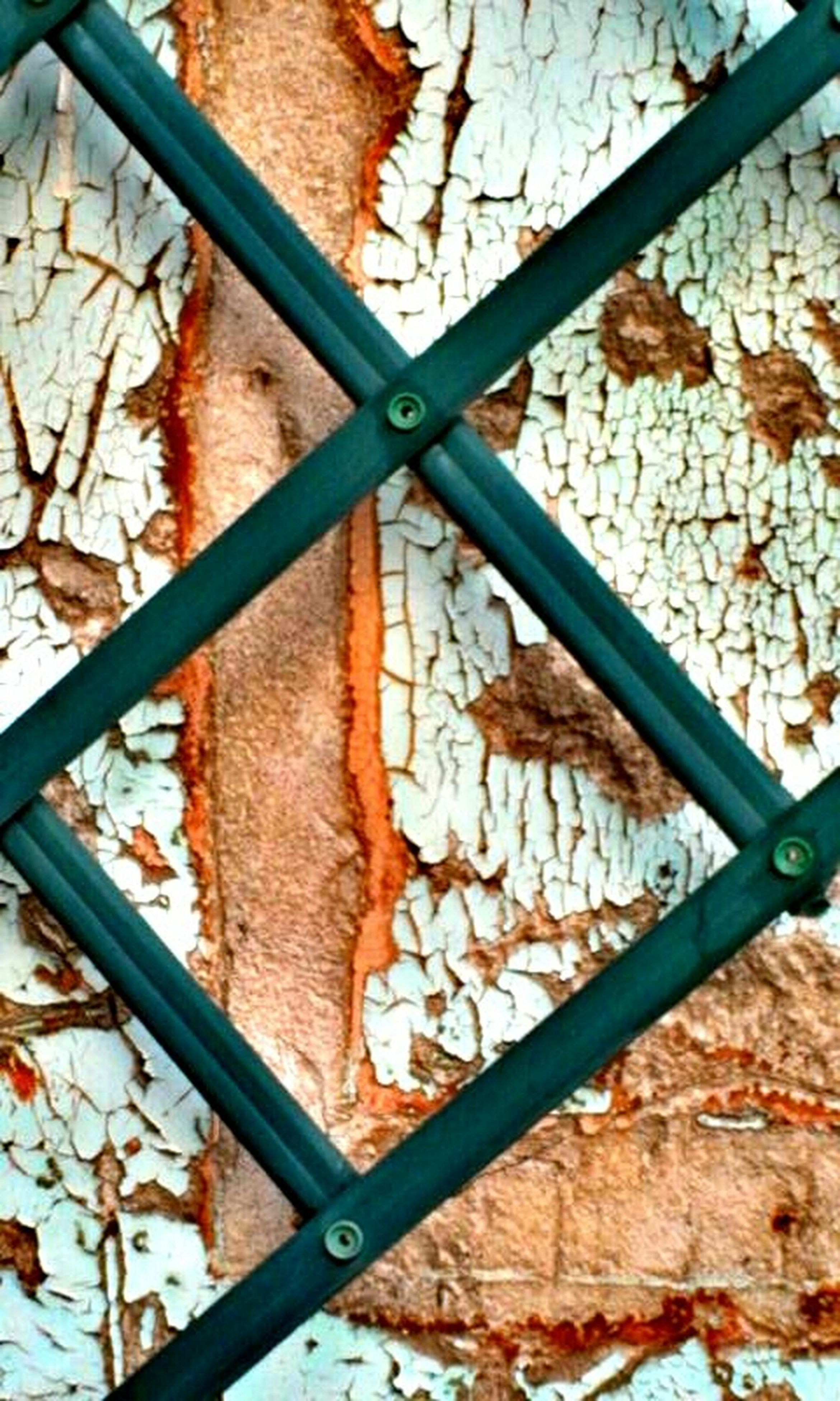 metal, full frame, chainlink fence, fence, backgrounds, close-up, protection, safety, rusty, metallic, railing, security, pattern, day, metal grate, textured, no people, outdoors, dry, sunlight