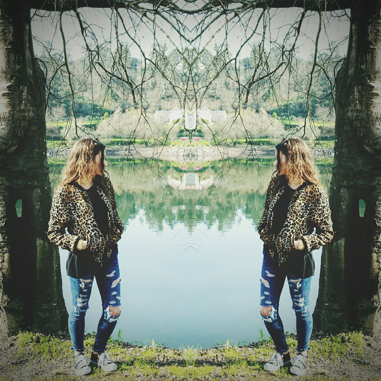 Back the river Me Girl Instagirl Mirror Mirror Pic Metalhead Metalheadgirl Alternative Alternativegirl Alternativemood Alternativestyle Alternativo River Riverside Riverview Point Of View Riverside Photography Riverlife PhonePhotography Phonecamera EyeEm Nature Water Sky Eyeemnaturelover