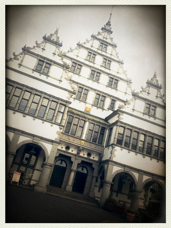 town hall in Paderborn by chilibean